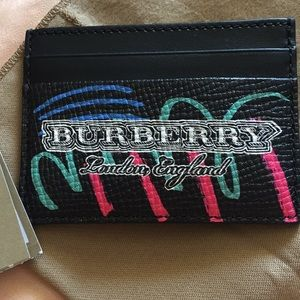 New Burberry graffiti card holder